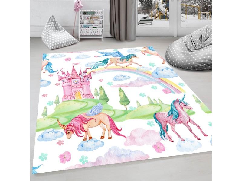 Детски килим с ефект на рисунка 160 х 230 см. Приказка с еднорози