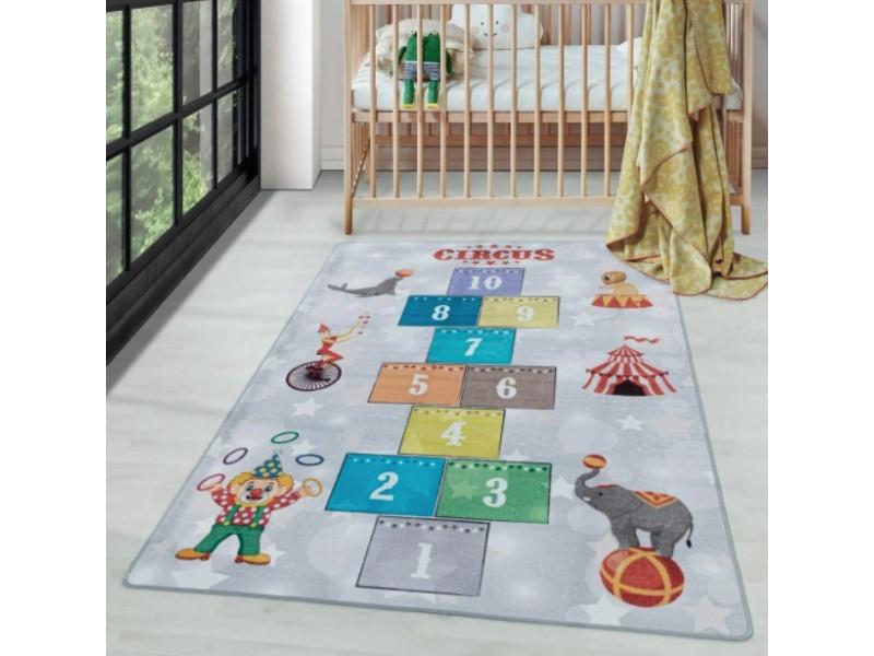 Детски мокетен килим за игри - 160х230 см. ЦИРК