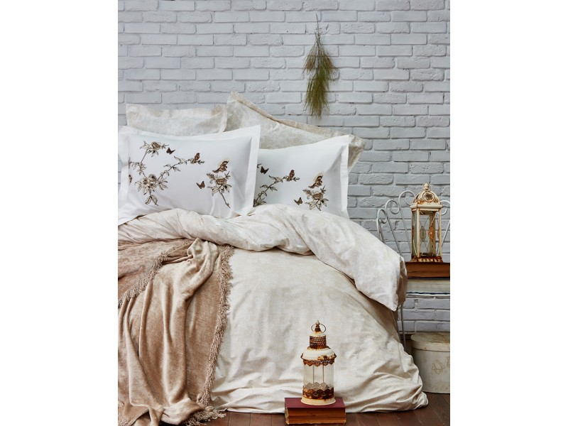 Двоен спален комплект + кувертюра MATHIS бежов