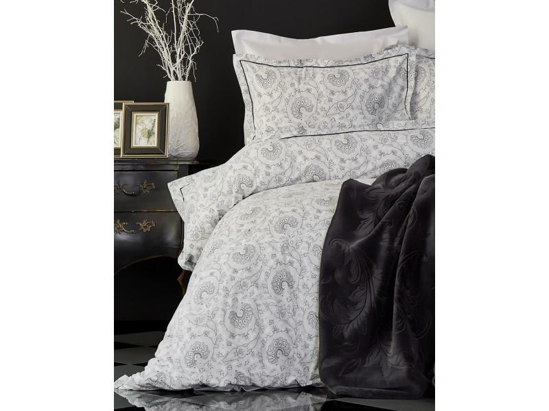 Двоен спален комплект + одеяло TIERRA
