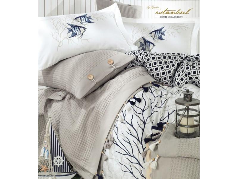 Спален комплект от сатен + покривка за легло пике BLUE MARINE