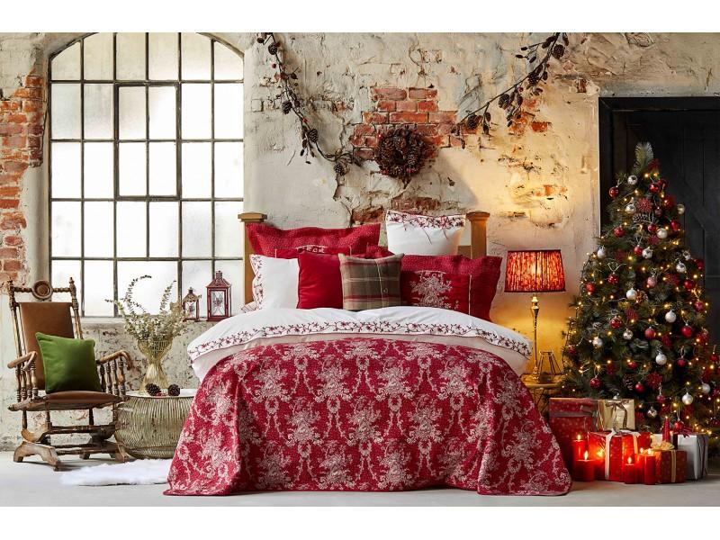 Луксозен спален комплект и кувертюра CHRISMAS